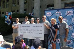 Check Presentation Yankees Foundation to USO of Metropolitan NY